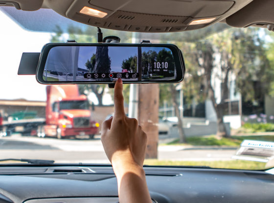 Why you should choose a digital rearview mirror?